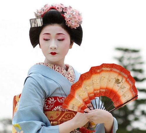 วิถีชีวิตและวัฒนธรรมการออกเดทของชาวญี่ปุ่น
